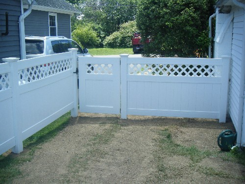PVC Fencing with Gate